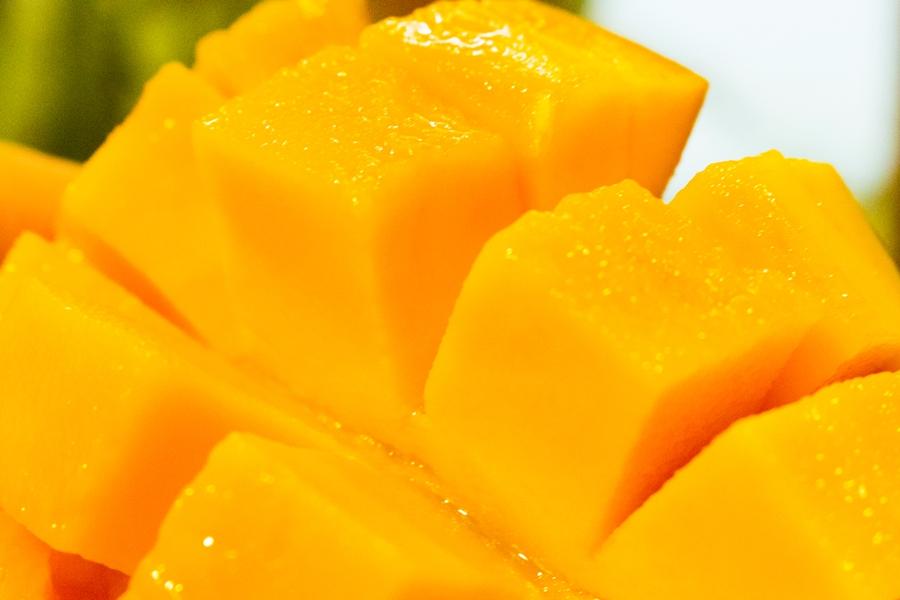 レッドキーツマンゴーは果汁たっぷりです
